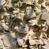 Detail des Kernmauerwerks am Mauersporn der Rundturmruine.