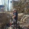 Vermessungsarbeiten an der teilweise freigelegten Ringmauer. Die vielen Fragen der Besucher machten die Arbeit diesmal garnicht so leicht ;-)