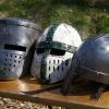 Unterschiedliche Helme aus dem 13. Jahrundert (Prima Nocte).