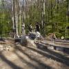 Besucher können dem archäologischen Grabungsleiter bei der Arbeit über die Schulter schauen (Freilegung).