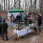 Information und Köstlichkeiten am Lagerfeuer im Burghof