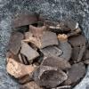 Keramik und Knochenfunde im Humus (SE 1)